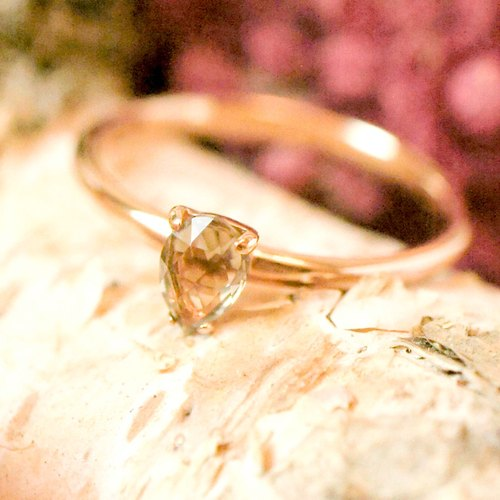 PASSION - 4x6mm RoseCut Faceted Pear Lemon Quartz 18K Rose Gold Plated Silver Ri
