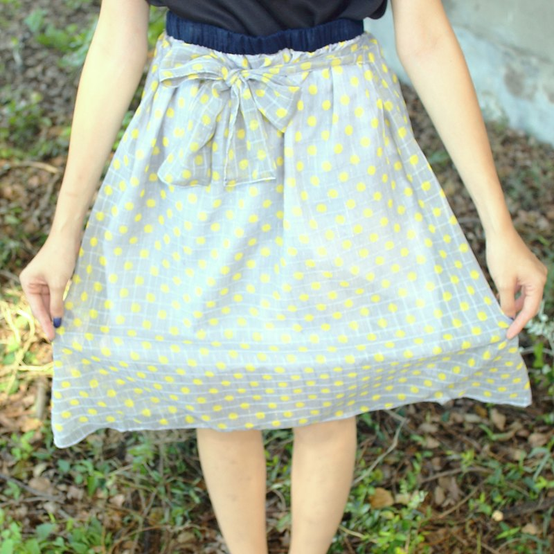 gray chiffon and little yellow circle skirt