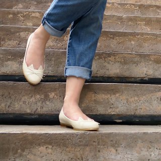 Wanna Cat Flat Shoes - Cream