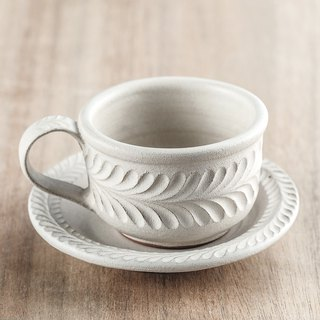 Textured – Coffee cup & Saucer / Laurel