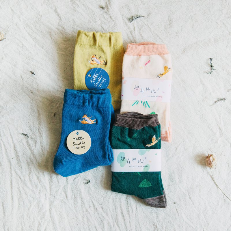 Cotton socks four into the special combination │ small fox illustration and embroidery cotton socks