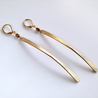 [ Minimalist ]  Hand-made brass arc • Earrings (changeable clip type)