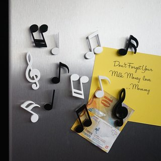 QUALY note magnet (6 in)