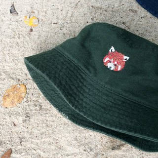 Red Panda Embroidery Bucket Hat / Dark Green, Dark Blue Colors