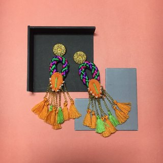 earrings : ring tassel orange