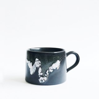 Flambe Glaze Mug-Splash Black