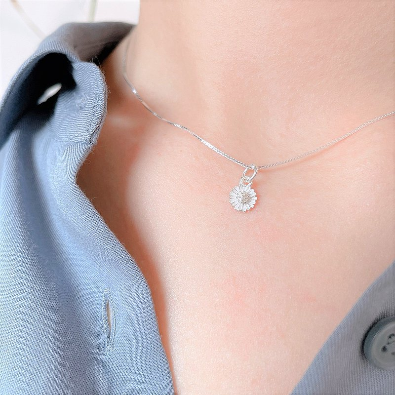 │Flower Language│Little Daisy•Clavicle Training•Pure Silver Necklace•925silver•Anti-allergic
