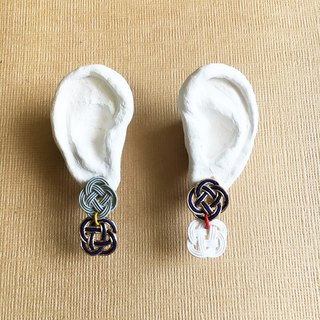 "Mizuhiki asymmetry earrings ""Rape blossoms"" -Navy×Gold-"