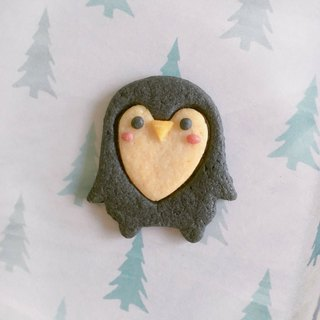 Penguin-shaped handmade biscuits (non-icing, no artificial colors)