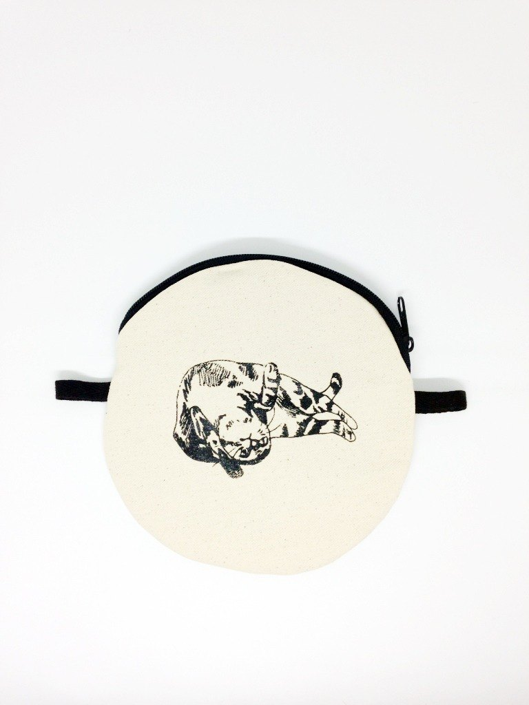 Soft like you: Handmade screen printing canvas round bag (come with wax rope)