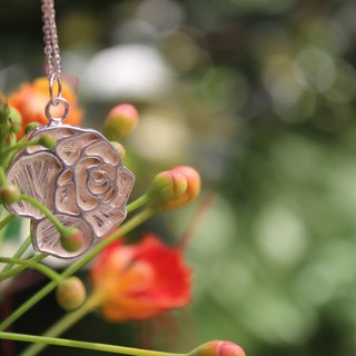Southwind Studio F Rose Poet 925 Silver Necklace