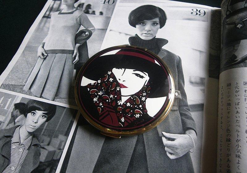 【老時光 OLD-TIME】早期英格蘭粉餅鏡盒