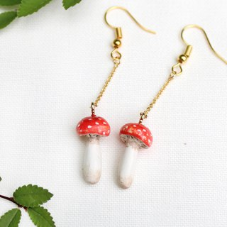 Handmade mushroom earrings (Red)