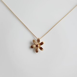 6 petal necklaces