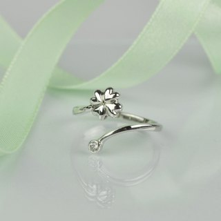 clover open ring /sterling silver /zircon
