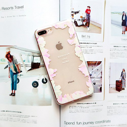 Pink petal transparent phone shell