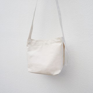 Canvas tote- White