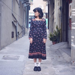 Youth | vintage dress