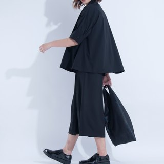 Aine ann / shape five sleeves shirt - black