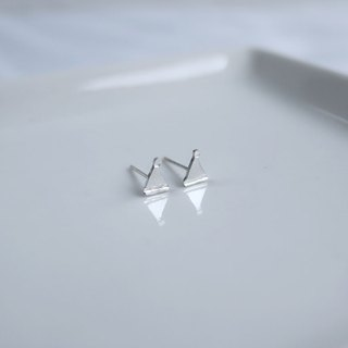 Ni.kou sterling silver christmas hat earrings