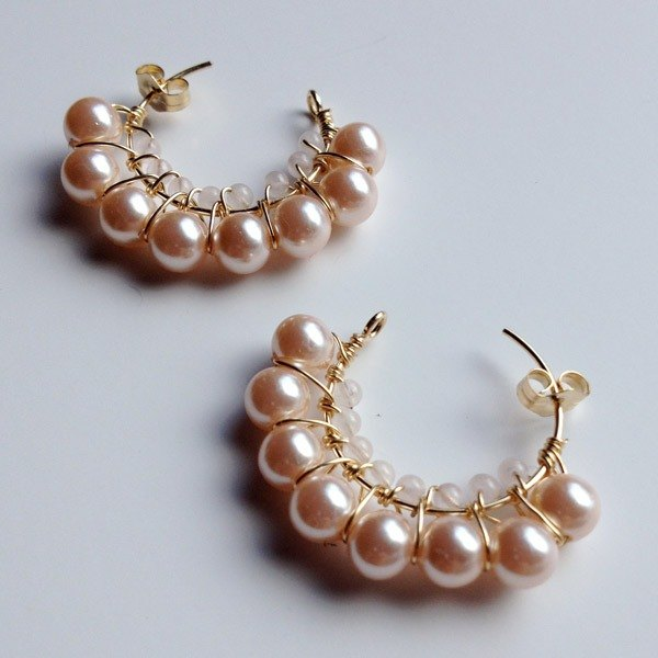 14 kgf rose quartz + vintage pearl 3/4 hoop earrings耳針