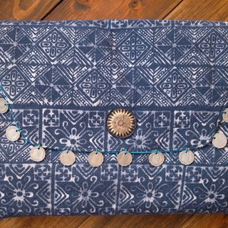"【Grooving the beats】[ Fair Trade] Batik Clutch Laptop Soft Case With Vintage Coins Handmade Thailand  | 13"" Laptop Bag"