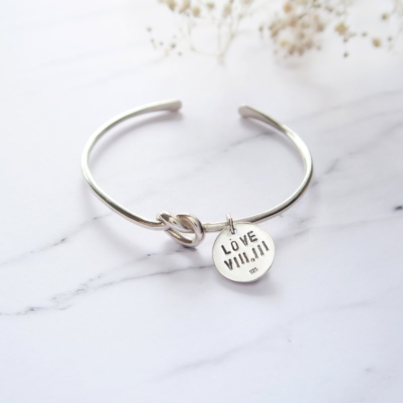 925 Silver Lucky Knot - Round Silver Medal Design Letter Bracelet