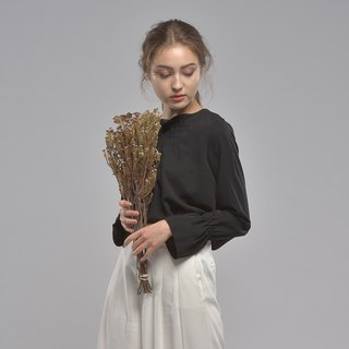 Romantic round neck long sleeve crepe top