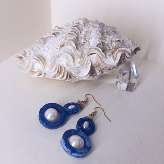 Indigo double pearl earrings