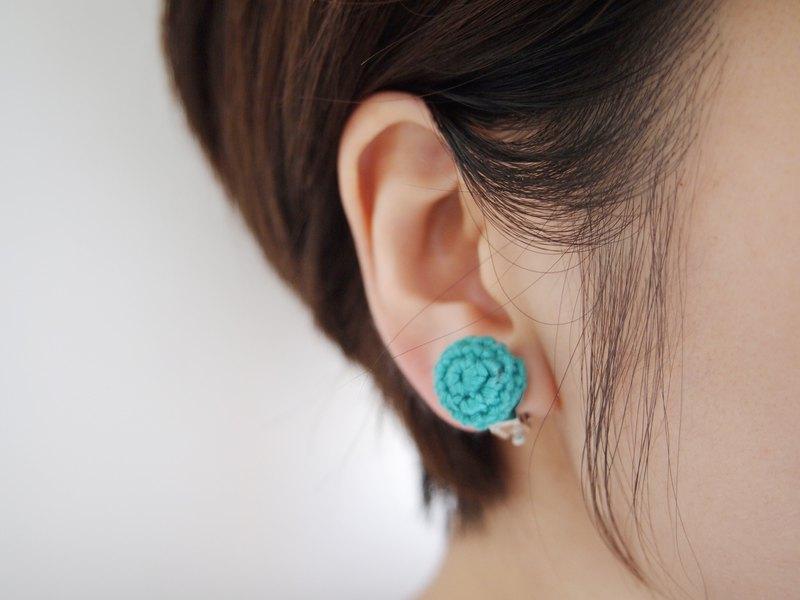 型格綠色人手編織蕾絲耳環