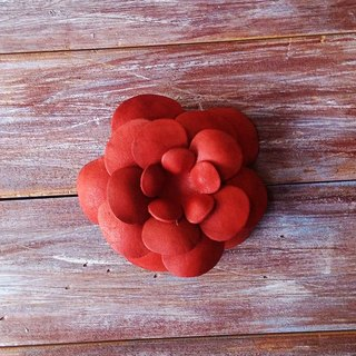 Three with leather flowers x brooch x hairpin x orange red x leather made Kai handmade leather