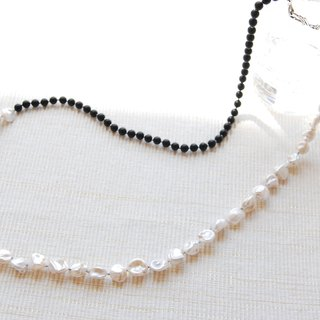 Ice lock type pearl and onyx long necklace