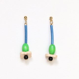Single flower Beads Earrings / Earrings