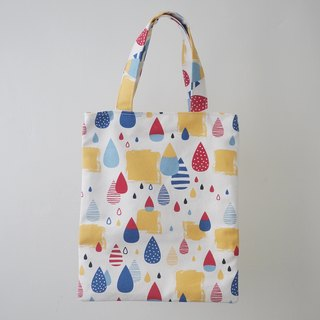 Easy to mention small book bag / lunch bag / hand bag / walking bag / parent-child bag = rain in the walk = primary color