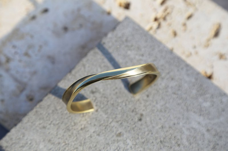 Large infinity-wide version/narrow version-no-grain forging brass bracelet