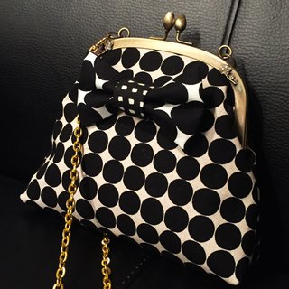 one-of-a-kind 2way kisslock shoulder bag pochette black&white camouflage ribbon