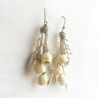 Blossom W. Sen Linghuahua dried flowers dried fruit making eucalyptus sterling silver earrings
