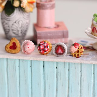 草莓季袖珍耳環套組 Strawberry Season Miniature Earring Set
