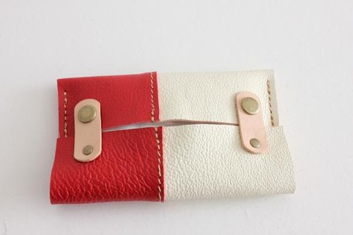 Leather of tissue case / White × Red