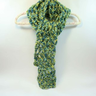 Knitted hand-woven scarf - pure wool 01