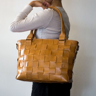 Furniture · cowhide leather / braided leather, mesh leather / with shoulder · 2 WAY leather tote bag / Camel type / A4 all
