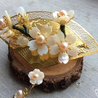 喵Handmade ~Summer style and wind cherry hairpin / cherry blossom (white / primary color)