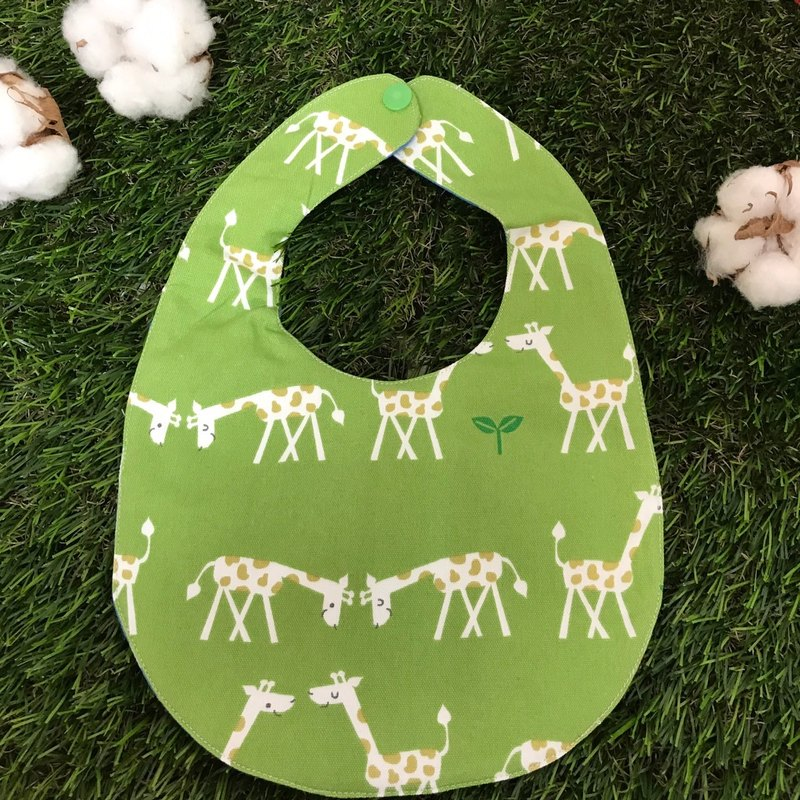 Double-sided bibs - giraffes love to eat grass