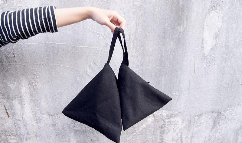 黑色 格子 幾何 三角包 化妝包/錢包 (M)