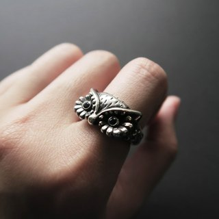 925 Silver Cool Style-Owl Sapphire Ring  (international size)