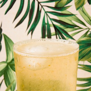 Natural fermentation pineapple fruit drink