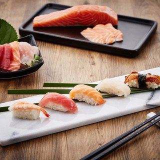Marble long plate / sushi plate / sashimi / Japanese cuisine / 炙 barbecue dish