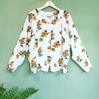 Ancient Cave firm │ FLORAL SHIRTS│ white lines sunflowers retro girl