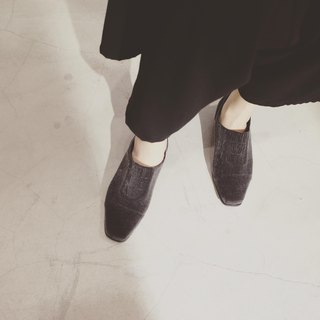 ZOODY / new / hand shoes / flat deep mouth shoes / flannel