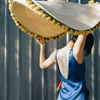 'BIN-DAI' Bamboo Beach Mega Hat in Yellow/Green
